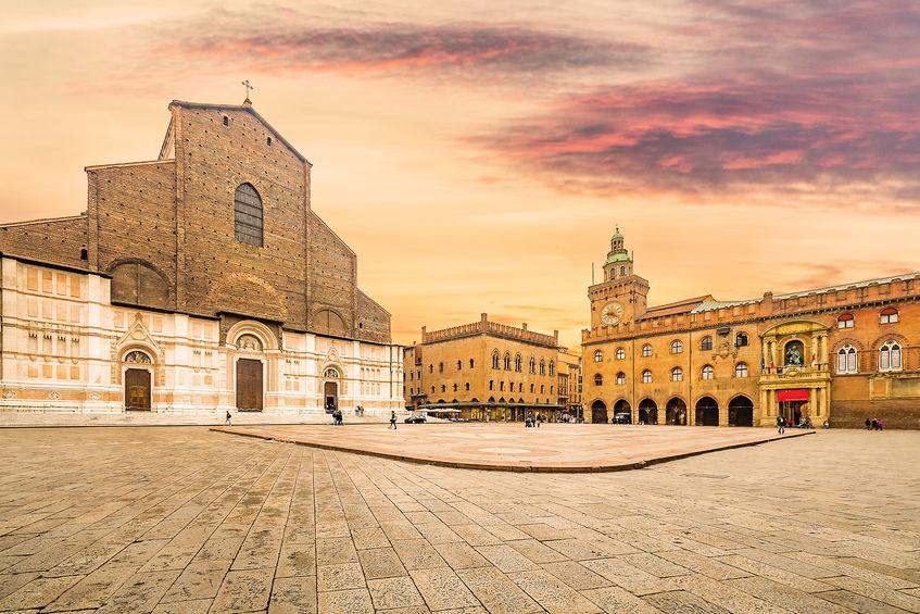 Tour di Emilia e Toscana in pullman a noleggio